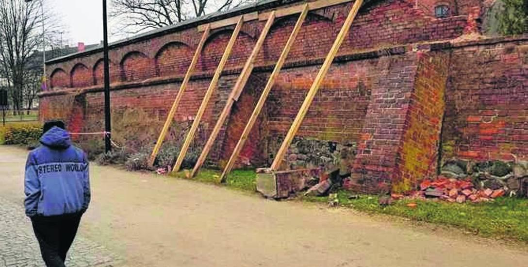 Jeszcze wiosną ma się rozpocząć remont murów obronnych