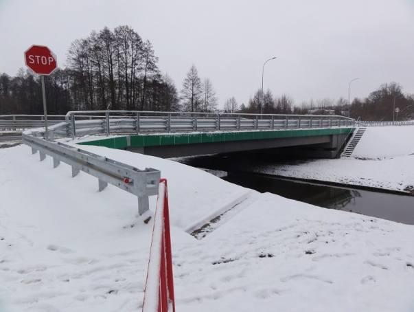 Mosty nad rzeką Jabłonka są już jak nowe. Kilka dni temu puszczono nimi ruch bez ograniczeń. Łączny koszt inwestycji to ok. 8,5 mln zł.