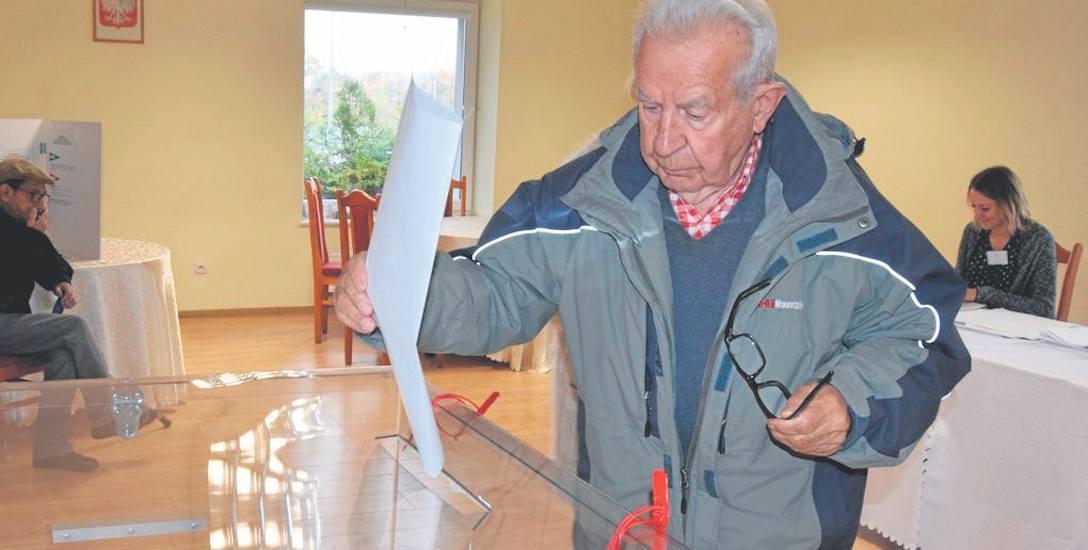 Tym razem wyborcy ze Szczecinka nie będą mieli wielkich płacht papieru z kandydatami do sejmiku, a jedynie kartkę z dwoma nazwiskami kandydatów na b
