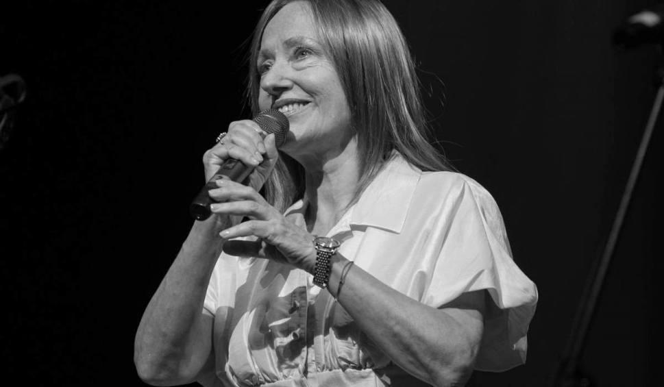 Film do artykułu: Anna Szałapak nie żyje. Artystka miała 65 lat