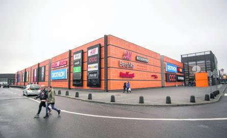 Najbliższy sklepy należące do sieciówek Inditeksu znajdują się w Trójmieście