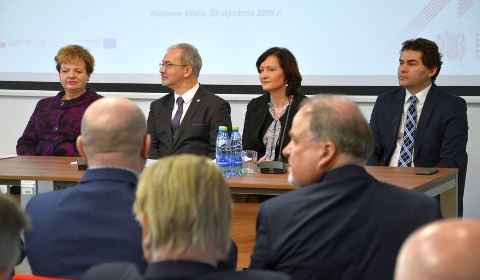 Film do artykułu: Spotkanie z ministrem Jerzym Kwiecińskim w Stalowej Woli