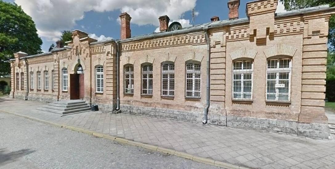Stary budynek dworca PKP w Augustowie