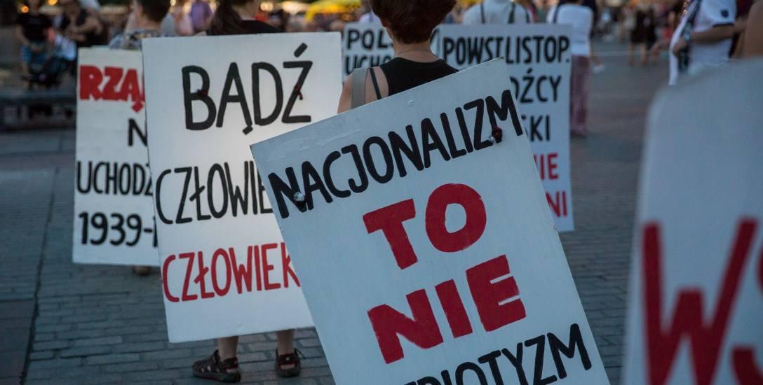Jeden z protestów przeciwko polityce rządu w sprawie uchodźców