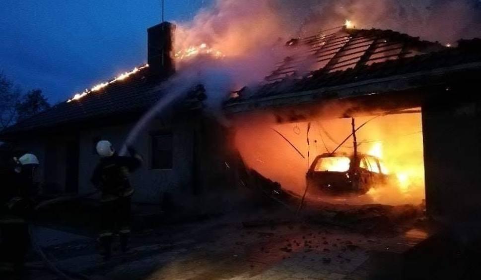 Film do artykułu: Kilka dni temu stracili dom w pożarze w Kobylarni. Rodzina prosi o pomoc