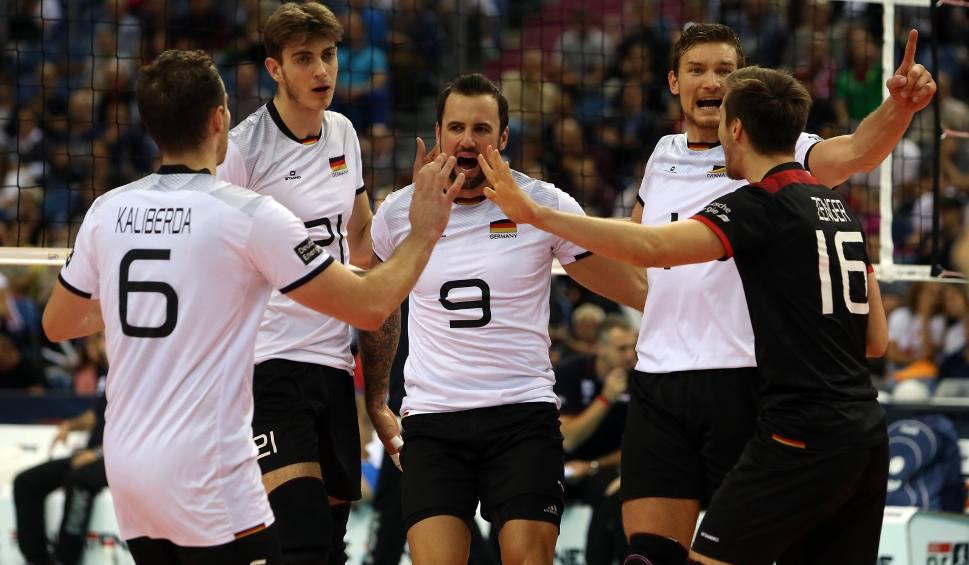 Film do artykułu: Eurovolley 2017. W półfinale Niemcy niespodziewanie wygrali z Serbami