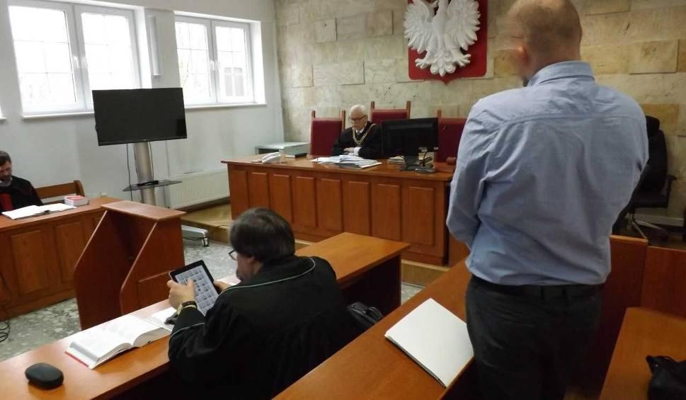 Film do artykułu: Sebastian S. uznany winnym dążenia do seksu z 14 latką i ukarany za to grzywną 10 tys. złotych