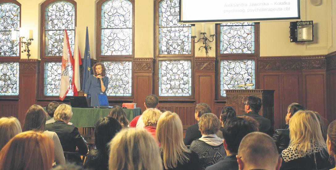 Kampania przeciw przemocy rozpoczęła się w Słupsku konferencją specjalistów