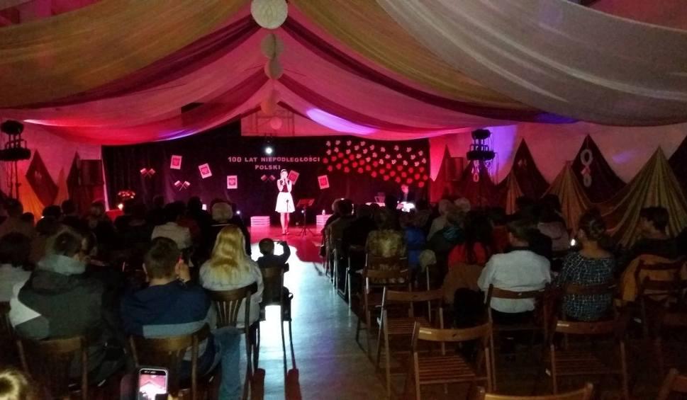 Film do artykułu: Koncert z okazji 100-lecia Niepodległości w Osieku [ZDJĘCIA]
