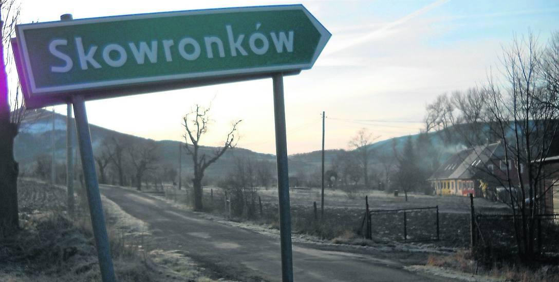 Osada Skowronków pod Kopą Biskupią została włączona do Polski w lutym 1959 roku.