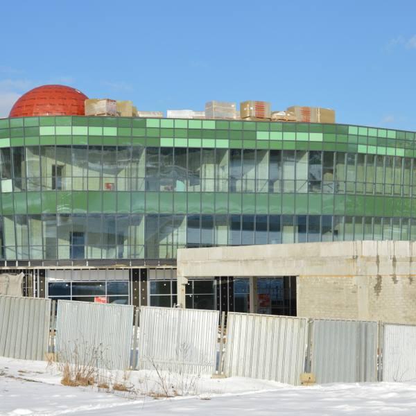 [b]Mimo przedłużającej się zimy, trwają prace na terenie budowy Galerii Łysica w Ostrowcu Świętokrzyskim. Inwestorem jest miejscowa spółka Publima. Pierwszy