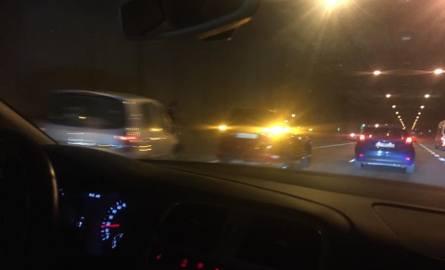 Katowice: dwa zderzenia w tunelu pod rondem. Ogromne korki w centrum aglomeracji ZDJĘCIA