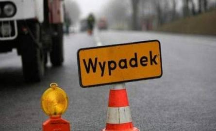Trzy osoby zostały ranne w wypadku w miejscowości Pędzewo.