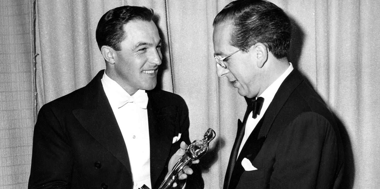 W 1950 roku Waxman odebrał pierwszego Oscara. Wręczył mu go Gene Kelly (z lewej).