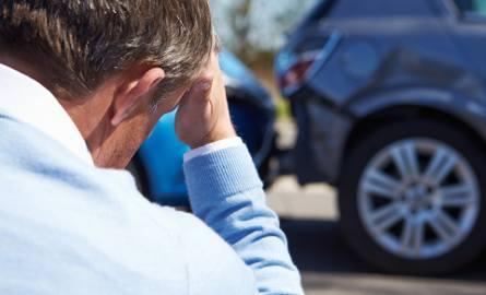 Pojawiają się wątpliwości, czy jeden z zapisów projektu ustawy nie zablokuje bezgotówkowej naprawy samochodów