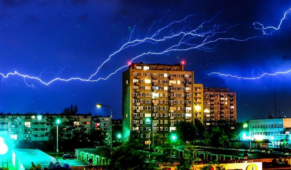 Film do artykułu: Uwaga na burze z gradem! IMGW wydało ostrzeżenie