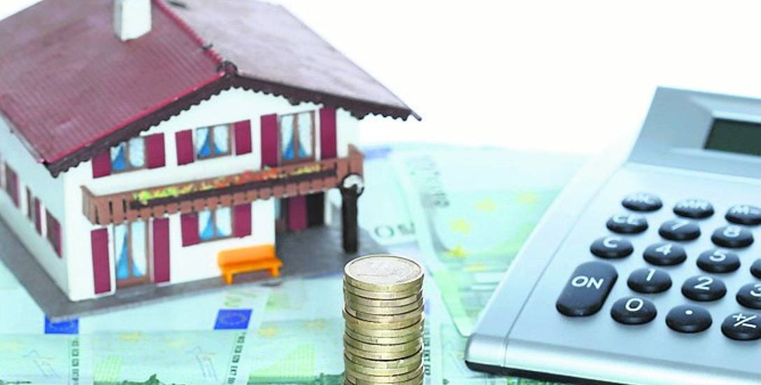 Wysokość opłaty będzie równa wysokości dotychczasowej opłaty rocznej z tytułu użytkowania wieczystego i będzie płatna w terminie do 31 marca każdego