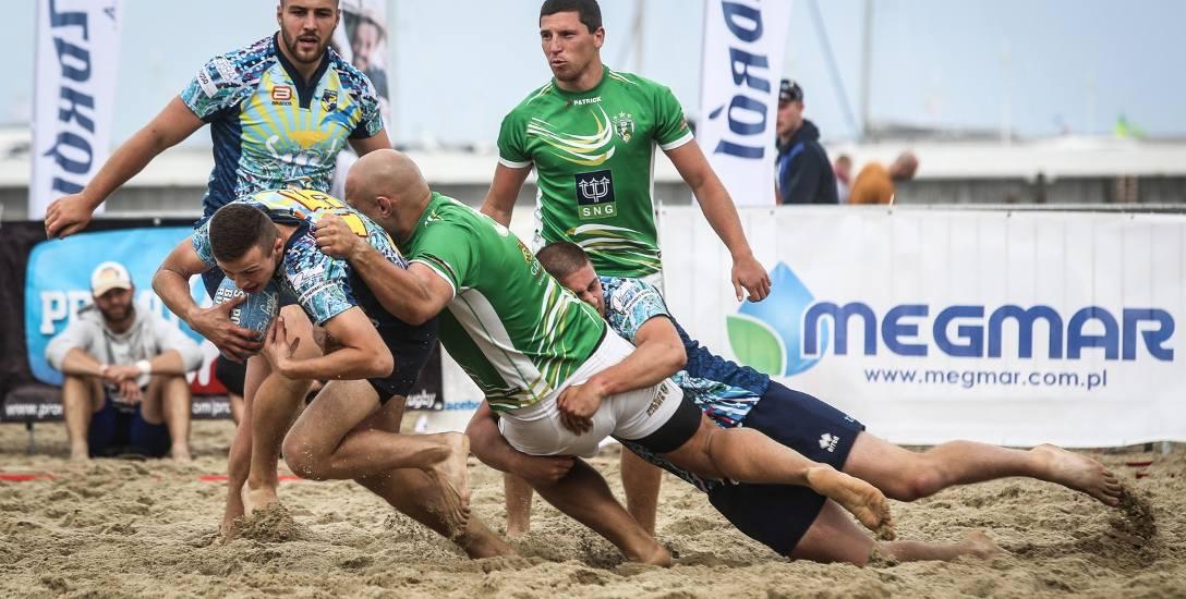 Tegoroczna edycja Sopot Beach Rugby będzie rozgrywana w ramach XXVI Memoriału Edwarda Hodury. Sopocki turniej to jedna z największych tego typu imprez