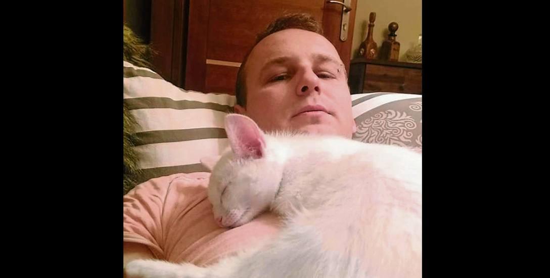 Policja  szuka kota Albinosa