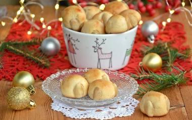Ciastka marcepanowe na świąteczny stół.