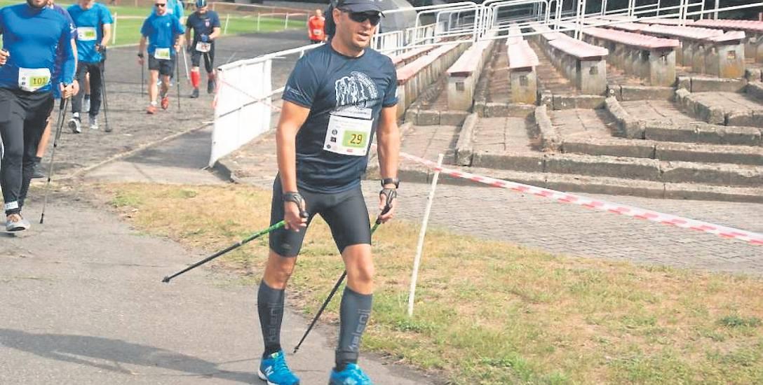 Nordic walking to sport, który można uprawiać w każdym wieku