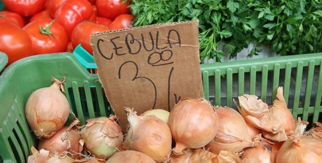Żywność droższa niż przed rokiem. O podwyżki rolnicy obwiniają pośredników