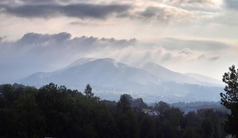 Film do artykułu: Odkryj Beskid Wyspowy. 53 złote rysie na Miejskiej Górze. W niedzielę szczyt zdobyło ponad 700 turystów