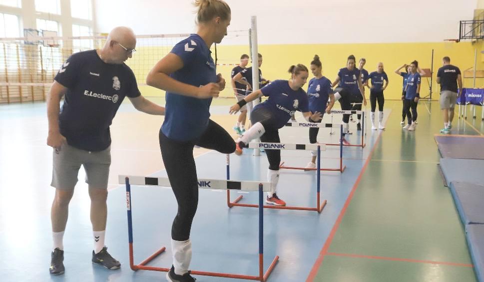 Film do artykułu: E.Leclerc Radomka Radom już przygotowuje się do nowego sezonu w Lidze Siatkówki Kobiet. Trenuje na razie dziewięć zawodniczek (DUŻO ZDJĘĆ)