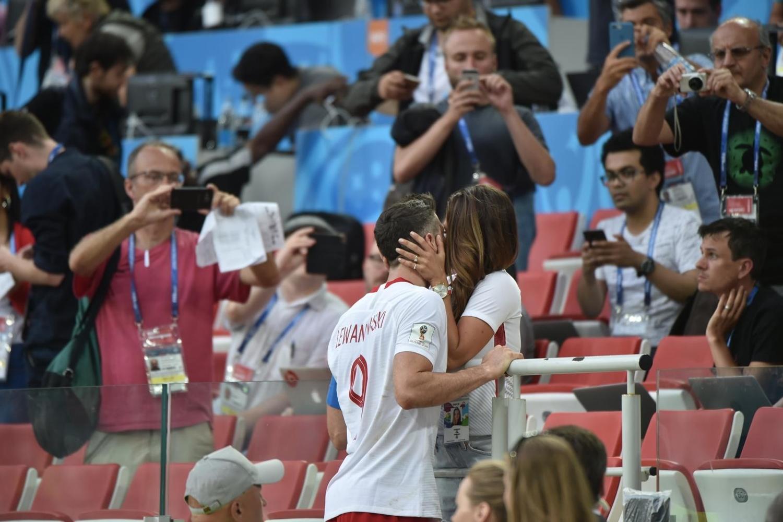 Uśmiech Nawałki, prezes na widowni. Zdjęcia z meczu Polska - Senegal