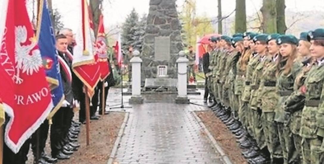 Od 1934 roku w Łososinie Górnej, koło kościoła stoi pomnik Legionistów. Powstał on, by uczcić Legionistów z powiatu