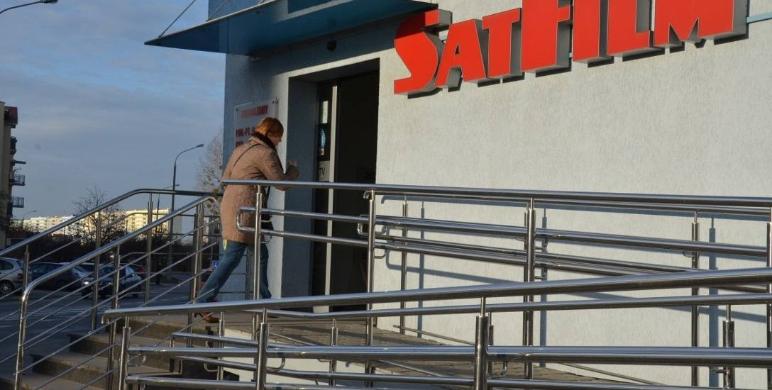 """SatFilm podwyższył o 3 zł abonament za pakiet """"Rozrywka lux"""". Niebawem wejdą kolejne zmiany."""
