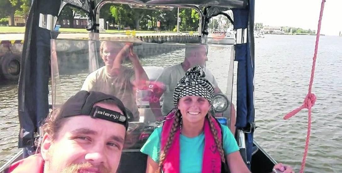 Marta Grywińska z Darłowa i Marek Mikulski z Polic. Pieszo obeszli Polskę, teraz walczą o nagrodę podróżniczą