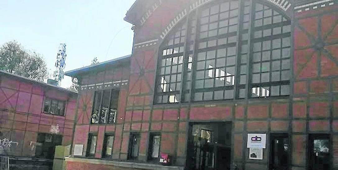 Ruda Śląska: Coraz bliżej otwarcia biblioteki na dworcu w Chebziu
