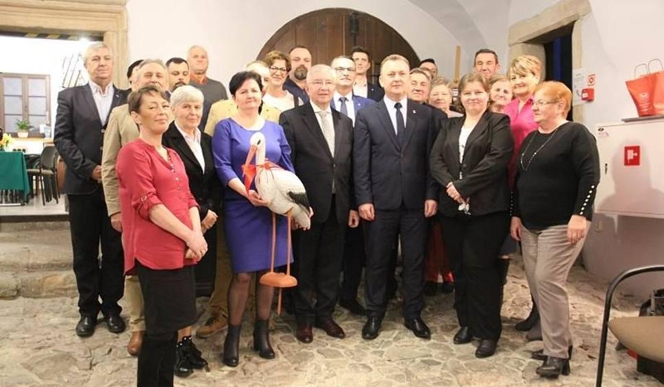 Film do artykułu: Uroczyste zakończenie kadencji sołtysów w Chęcinach