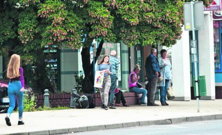 Przystanek przy ul. 1 Maja - tu m. in. pojawi się nowa wiata, gdzie pasażerowie  będą mogli poczekać na autobus