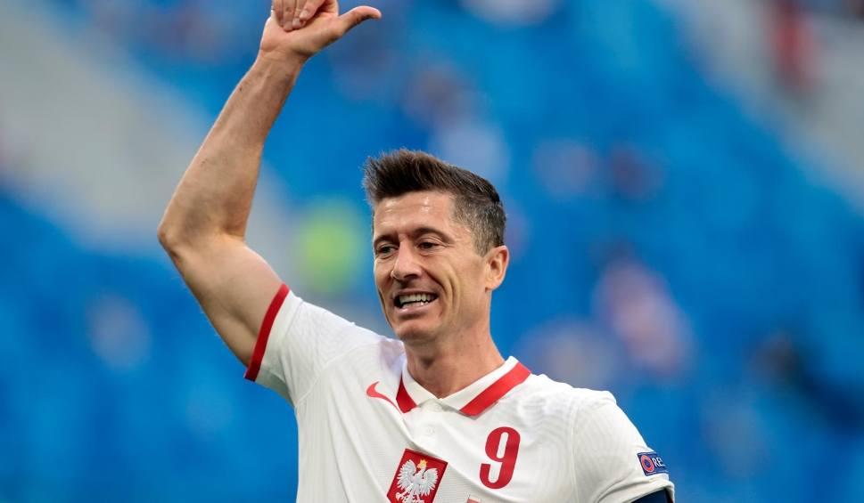 Film do artykułu: Polska pokona Hiszpanię. Suczka Dziama wytypowała wynik drugiego meczu Biało-Czerwonych na Euro 2020