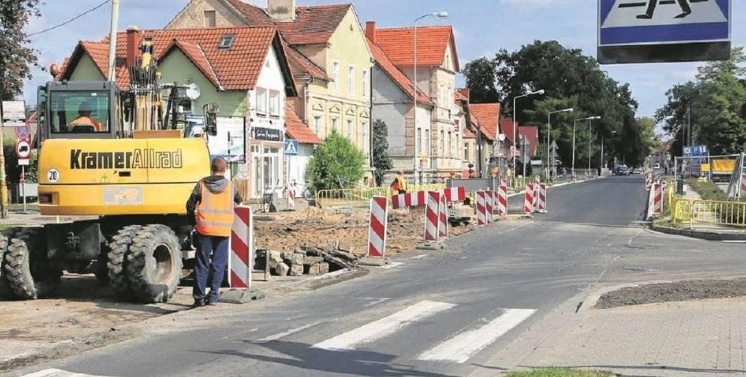 Zarząd Dróg Powiatowych ma poważny problem, żeby znaleźć firmę do remontu ulic w Gubinie