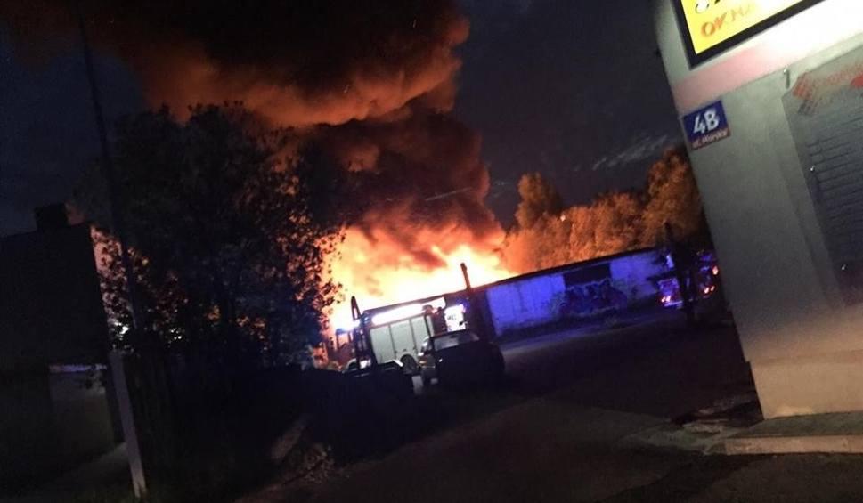Film do artykułu: Pożar pustostanu w Koszalinie [zdjęcia]