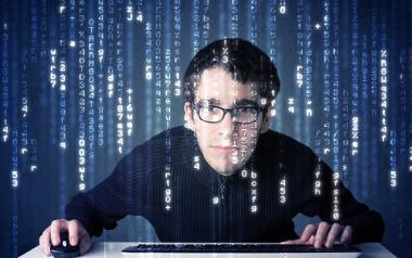 Cyberprzestępczość to problem, który się nasila. Pomysłowość oszustów naprawdę nie zna granic. Właściwie otwarcie  każdego maila z niewiadomego źródła