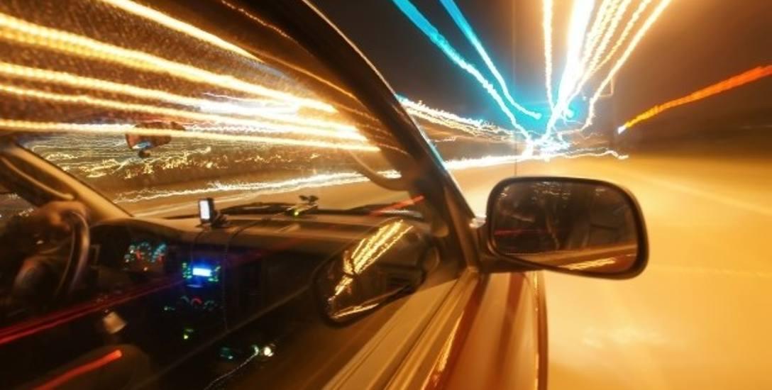 Narkotyki i alkohol na drogach. Kierowcy masowo prowadzą po auta pod ich wpływem