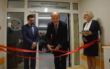 Klinikę otworzyli wczoraj w Łodzi Konstanty Radziwiłł, minister zdrowia oraz prof. Maciej Banach, dyrektor ICZMP
