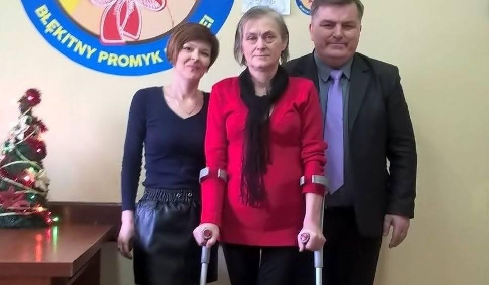 Film do artykułu: Choroba zabrała mieszkance Szczekocin nogę. Fundacja Miśka Zdziśka zbiera pieniądze na protezę