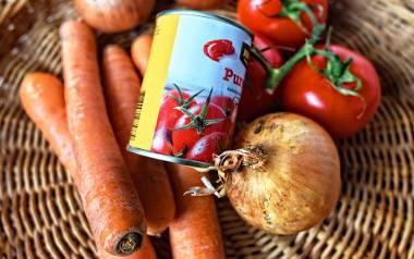 Warzywa z puszki doskonale sprawdzają się w ekstremalnych sytuacjach, gdy nie mamy pod ręką świeżych produktów. Kliknijcie w galerię i zobaczcie przepisy