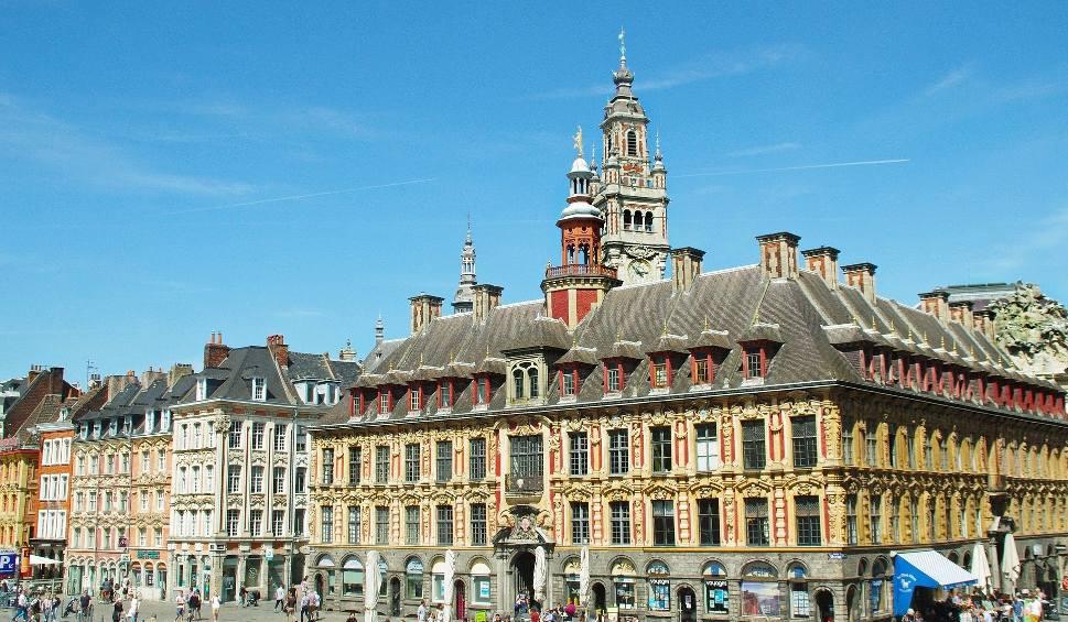 Film do artykułu: Koronawirus we Francji. Polka opowiada, jak wygląda teraz życie w kraju, w którym mieszka [WIDEO]