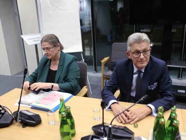 Pawłowicz i Piotrowicz w Trybunale Konstytucyjnym. Sejm wybrał nowych członków TK. Eksperci zgłaszali zastrzeżenia prawne do ich kandydatur