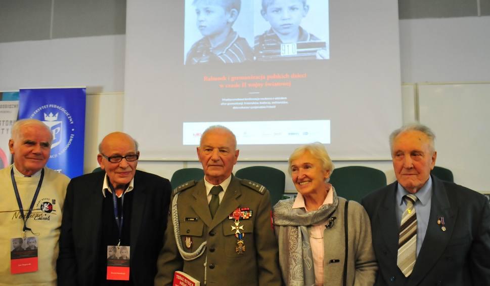 Film do artykułu: Kraków. Jak Niemcy rabowali polskie dzieci podczas okupacji. Konferencja IPN i Uniwersytetu Pedagogicznego [GALERIA]