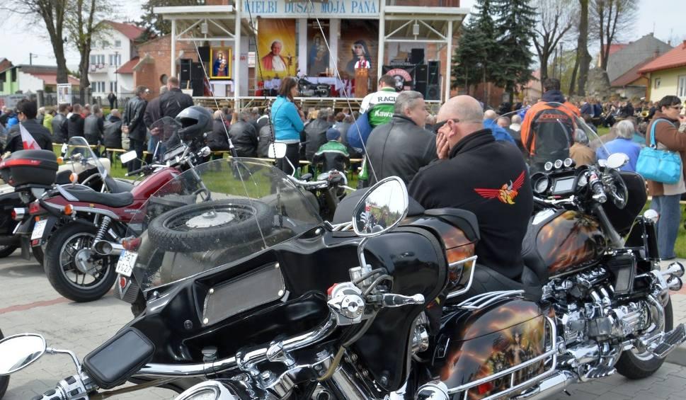 Film do artykułu: Msza z motocyklem na ołtarzu w Stalowej Woli