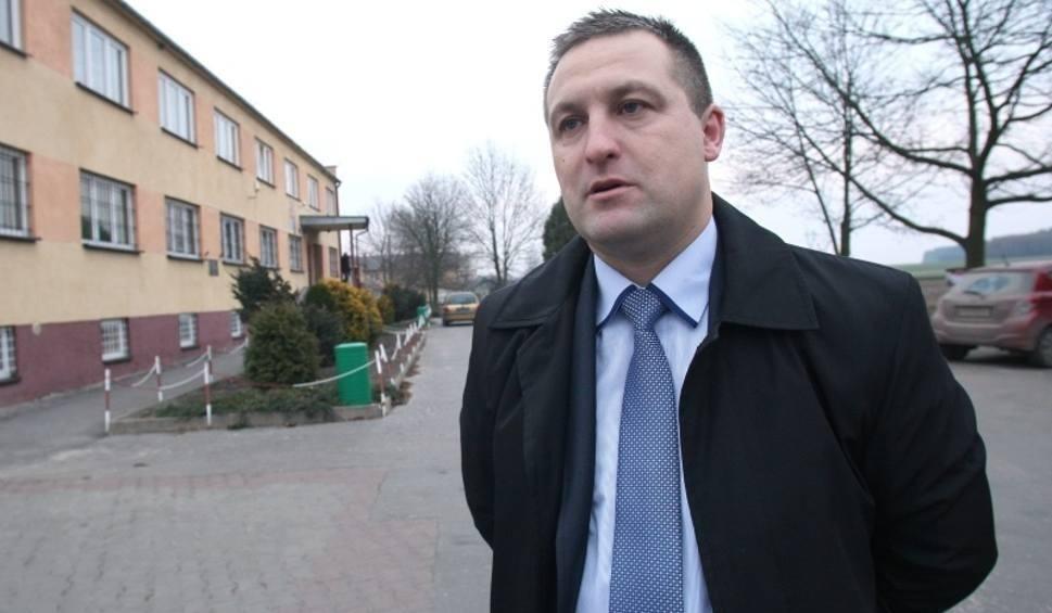Film do artykułu: Pierwsza sesja Rady Gminy Moskorzew. Zaprzysiężenie wójta. Kto przewodniczącym? (OGLĄDAJ TRANSMISJĘ)