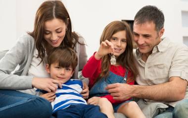 Świadczenia rodzinne. Kryteria dochodowe uprawniające do: zasiłku rodzinnego, specjalnego zasiłku opiekuńczego, a także jednorazowej zapomogi z tytułu