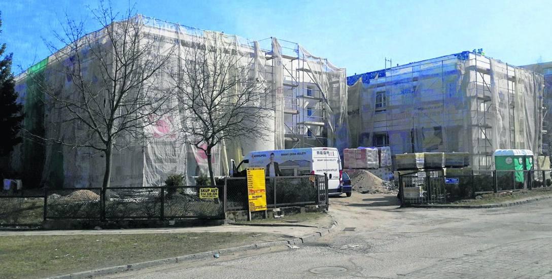 Remont budynku przy ul. Spasowskiego ma zakończyć się w połowie czerwca. W tym samym budynku powstaje 100 miejsc żłobkowych i  150 miejsc przedszkolnych